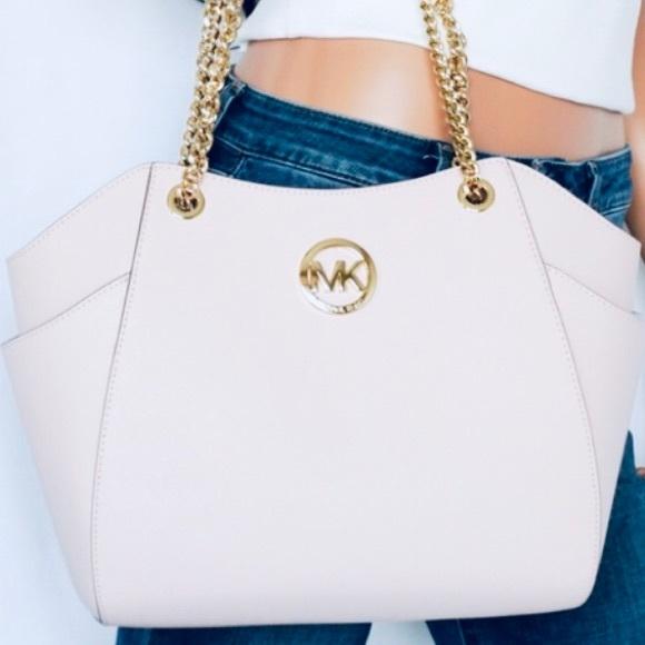 Michael Kors Handbags - Authentic Michael Kors Jet Set Travel Tote
